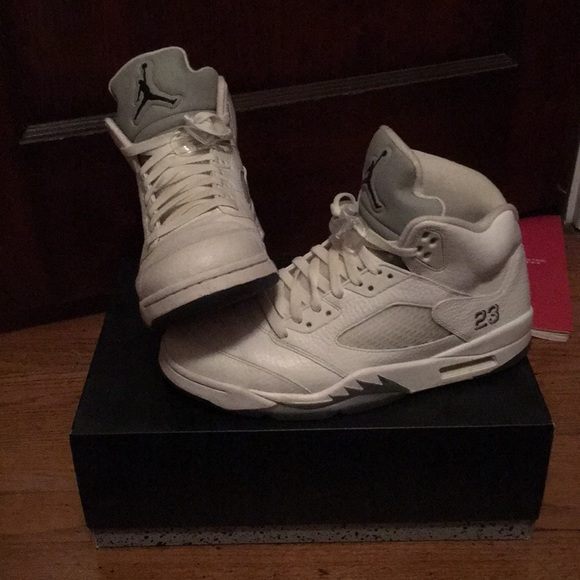 "buy online 54421 2d9e9 Air Jordan retro 5 ""silver metallic"""